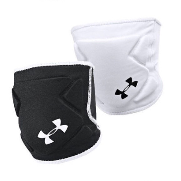 58f9229554b2 Under Armour Reversible Volleyball Knee Pads. M 5aff5c6aa4c4850cda887443